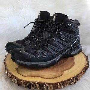 Salomon goretex waterproof hiking boots